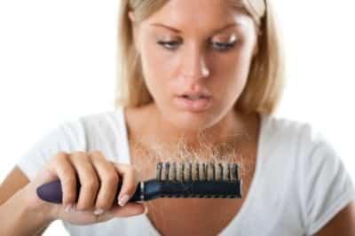 Алопеция у женщин: что это такое, лечение